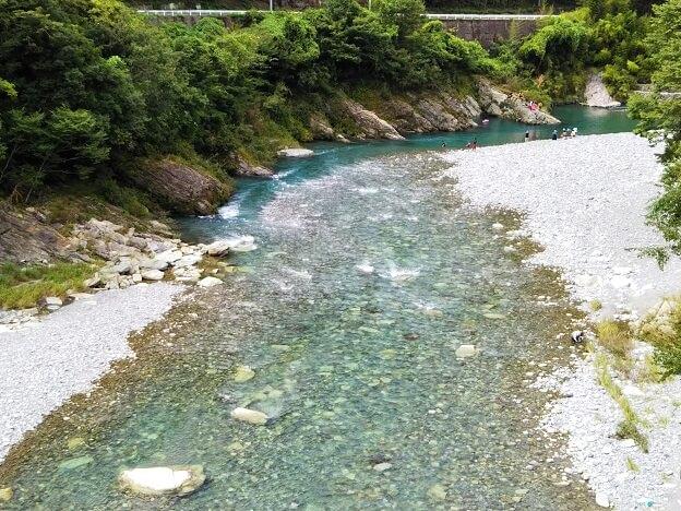 徳島県穴吹川二又の瀬