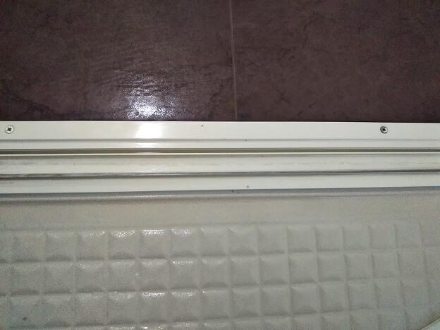 お風呂のドア 下のパッキン