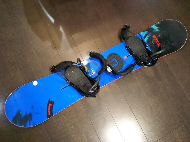 Burton バートンのスノーボード板